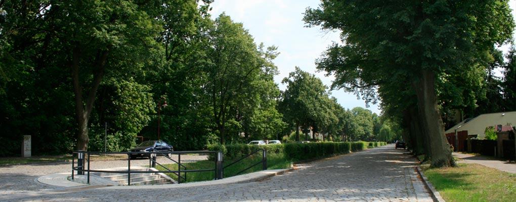 Plumpengraben Eichwalde und Strasse